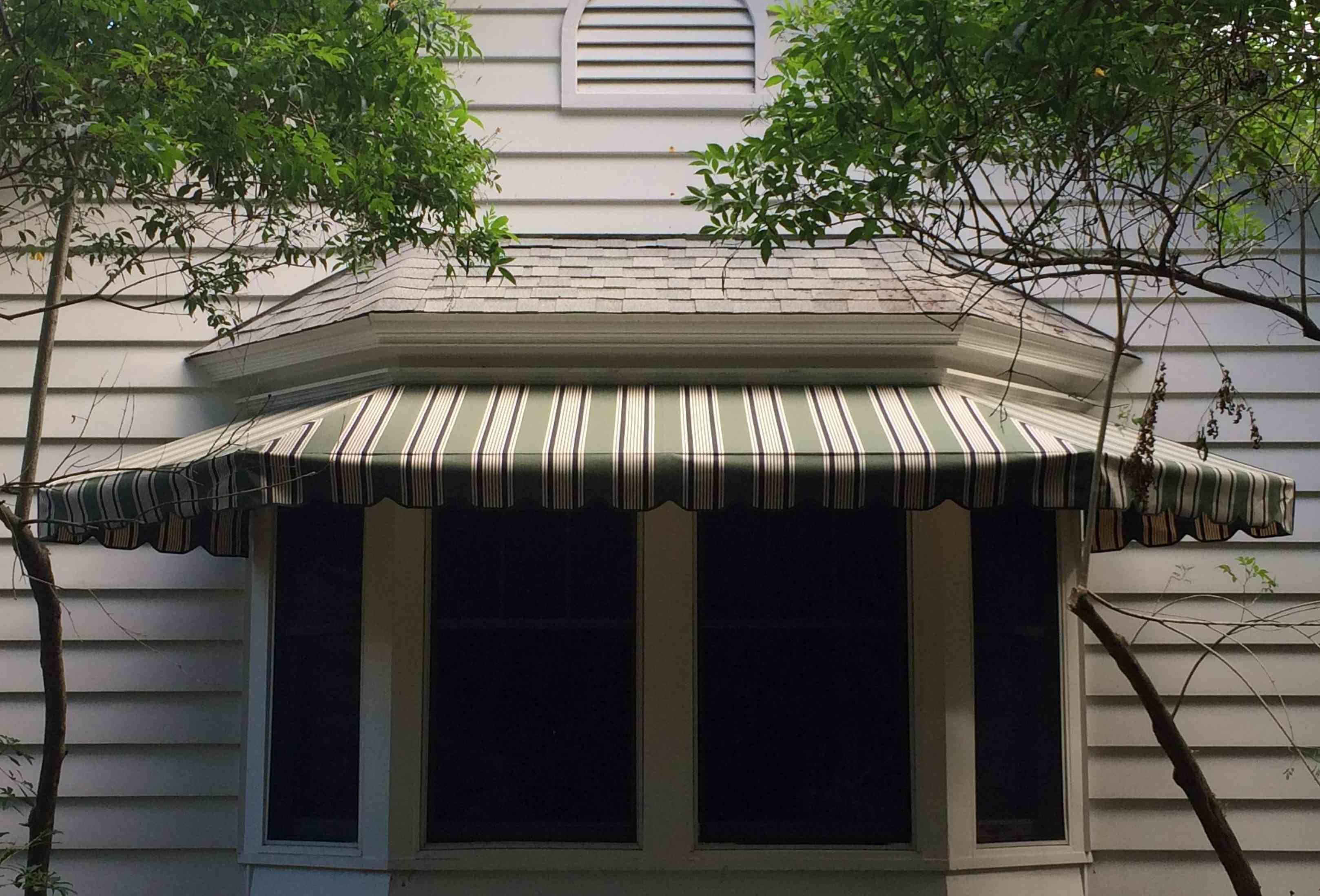 bay-window-awning2